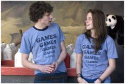 Adventureland - Jesse Eisenberg and Kristen Stewart