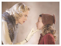 The Golden Compass - Nicole Kidman and Dakota Blue Richards